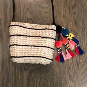 Zara straw purse with tassle